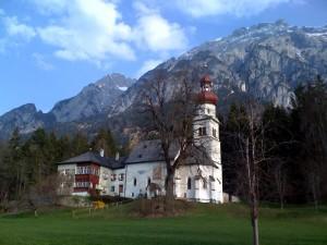 In absam in österreich die lage des unternehmens ist beeindruckend