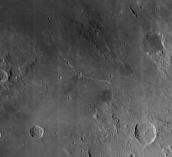 Die Hyginusrille mit dem Krater Hyginus Quelle: Virtual Moon Atlas