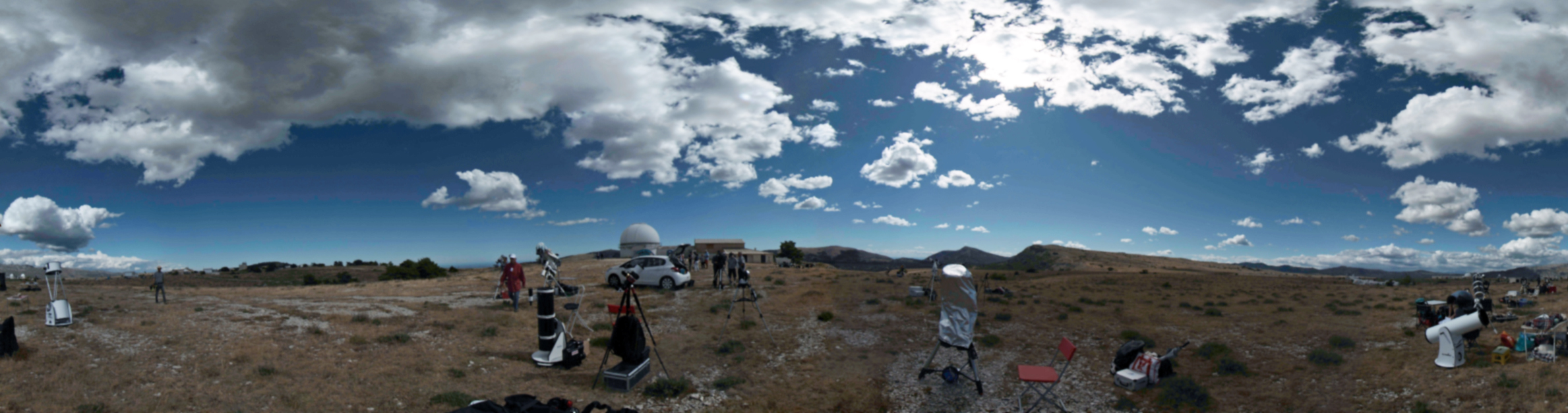 Panoramique plateau de Caussols - Site de Calern par Sandra Eguay